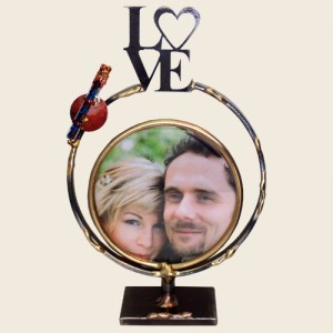 SWF9W - Small Round Wedding Frame with Shards Tube